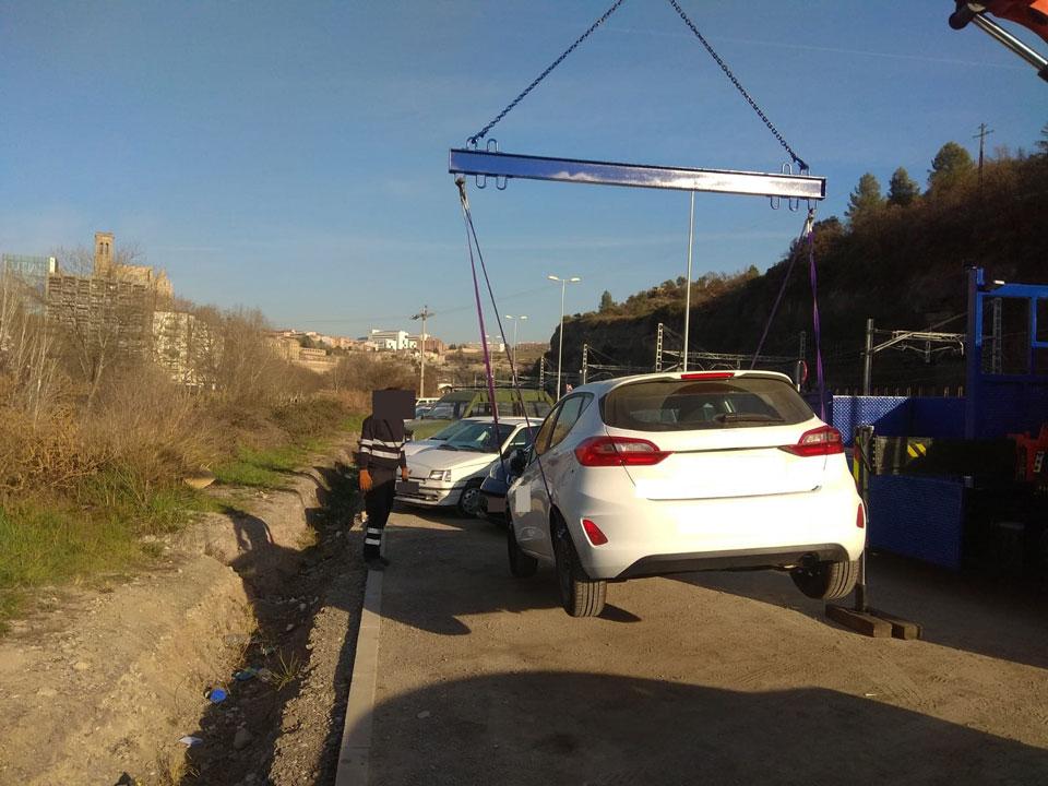 Rescate de vehículos con camión grúa